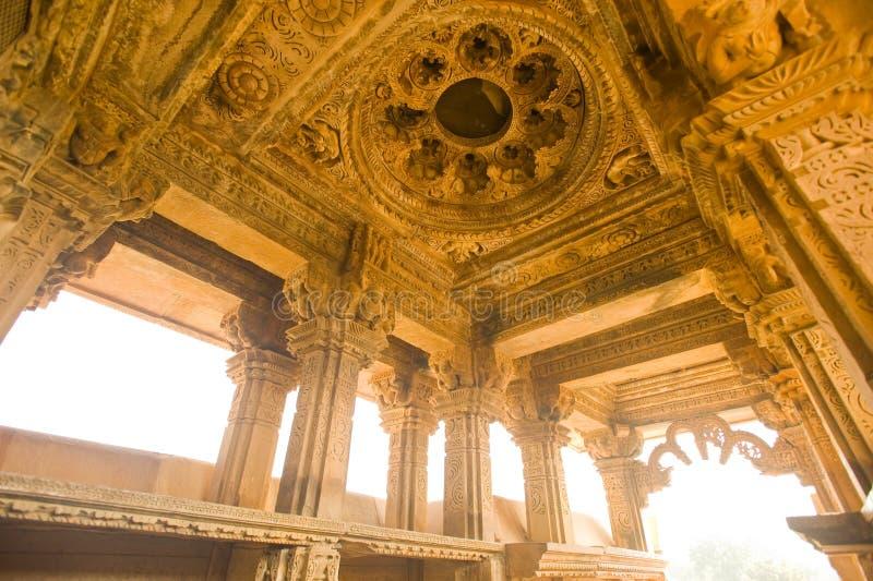 ind świątynia ranakpur świątynia zdjęcie stock