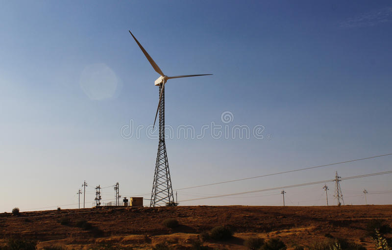 Inde écologique verte de moulin à vent de puissance photographie stock
