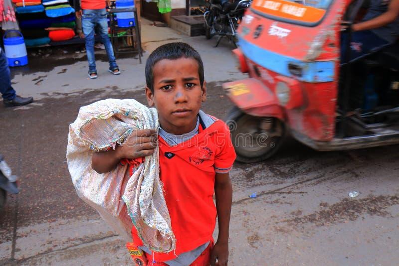 Inde indienne de Jodhpur de garçon d'enfant photographie stock