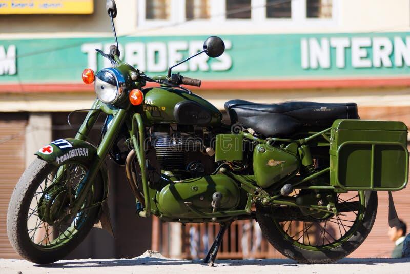 Inde royale de moto de classique de la balle 350 d'Enfield images libres de droits