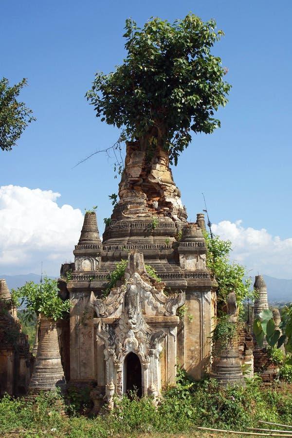 Indein, Inle jezioro, Myanmar zdjęcia stock