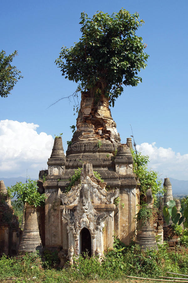Indein, Inle-Meer, Myanmar stock foto's