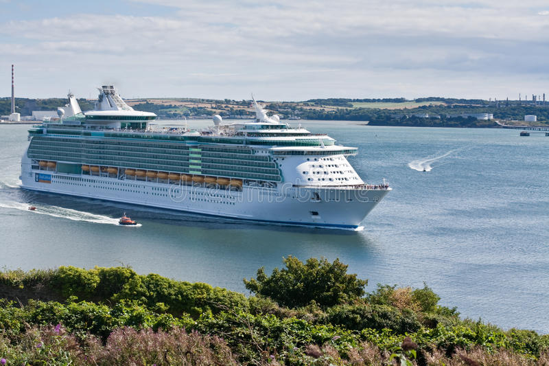 Download Independance Of The Seas Sails In Cobh Editorial Image - Image: 16302920