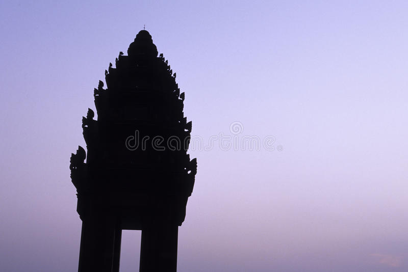 Download Independence Monument- Phnom Penh, Cambodia Stock Photo - Image of cityscape, penh: 11757124