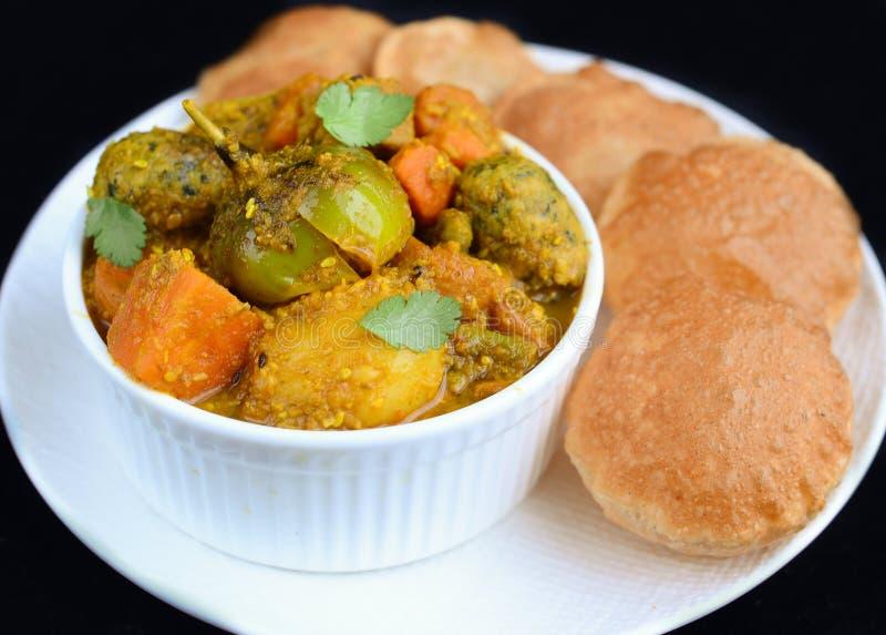 Indermahlzeit Hauptgericht des Gujarati lizenzfreies stockfoto