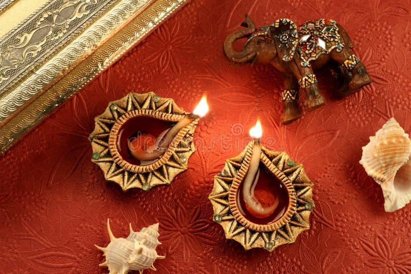 Indiańska festiwalu Diwali Diya lampa z dekoracjami zdjęcia royalty free