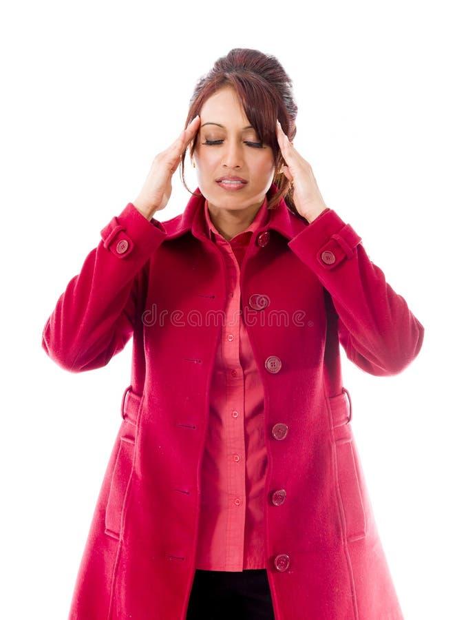 Download Indiańska Młoda Kobieta Dotyka Jej Głowę Na Białym Tle Obraz Stock - Obraz złożonej z hindus, ręki: 41950375
