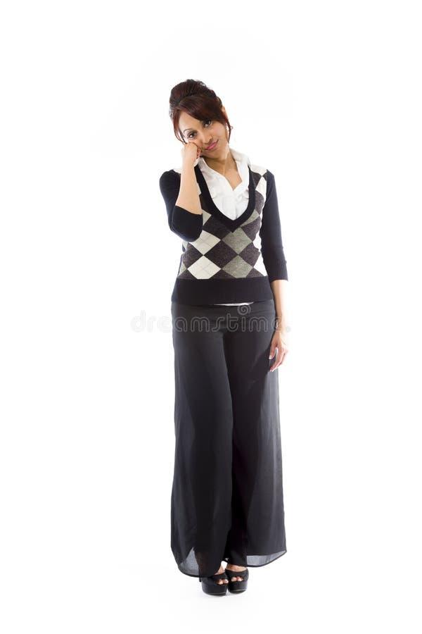 Download Indiańska Młoda Kobieta Patrzeje Zanudzający Zdjęcie Stock - Obraz złożonej z piękny, długość: 41951014