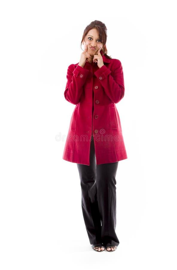 Download Indiańska Młoda Kobieta Pokazuje Smiley Twarz Zdjęcie Stock - Obraz złożonej z twarz, długość: 41950222