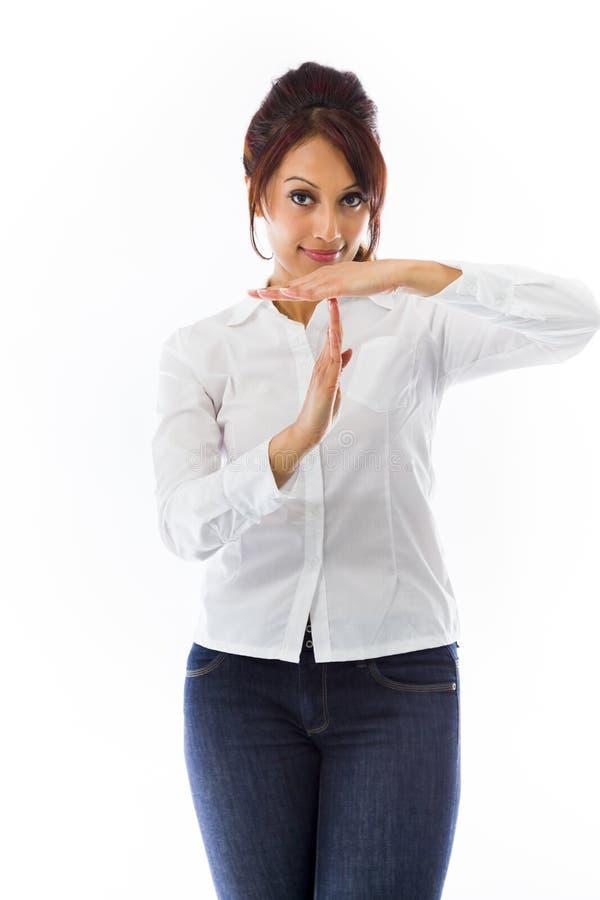 Download Indiańska Młoda Kobieta Pokazuje Timeout Sygnał Obraz Stock - Obraz złożonej z kolor, target30: 41951339