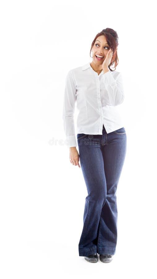 Download Indiańska Młoda Kobieta Szepcze Wiadomość Odizolowywającą Na Białym Tle Obraz Stock - Obraz złożonej z osoba, kolor: 41951189