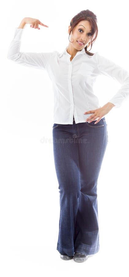 Download Indiańska Młoda Kobieta Wskazuje Przy Ona Odizolowywałam Nad Białym Tłem Zdjęcie Stock - Obraz złożonej z potomstwa, niezrównoważenie: 41951166