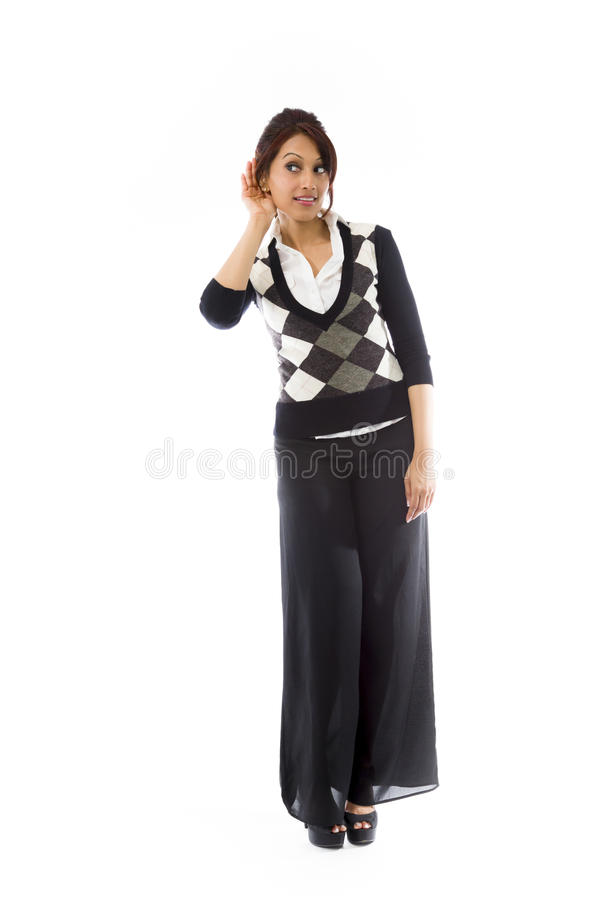 Download Indiańska Młoda Kobieta Z Ręką Uszaty Słuchanie Odizolowywający Nad Białym Tłem Obraz Stock - Obraz złożonej z dorosły, długość: 41951107