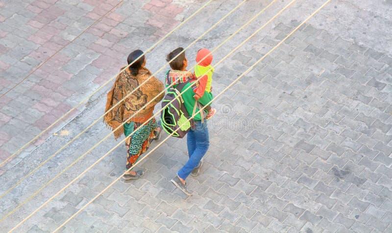 Indiańska para z małym dzieckiem obrazy stock