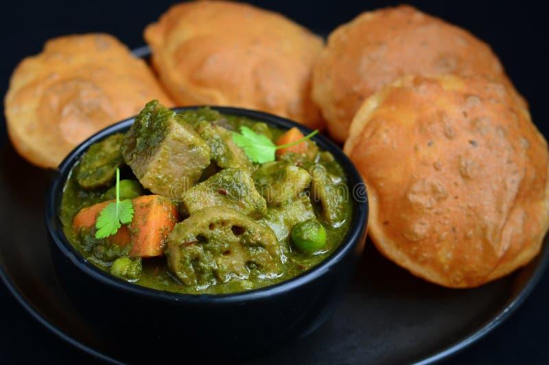 Indiański śniadania Puri bhaji zdjęcie stock