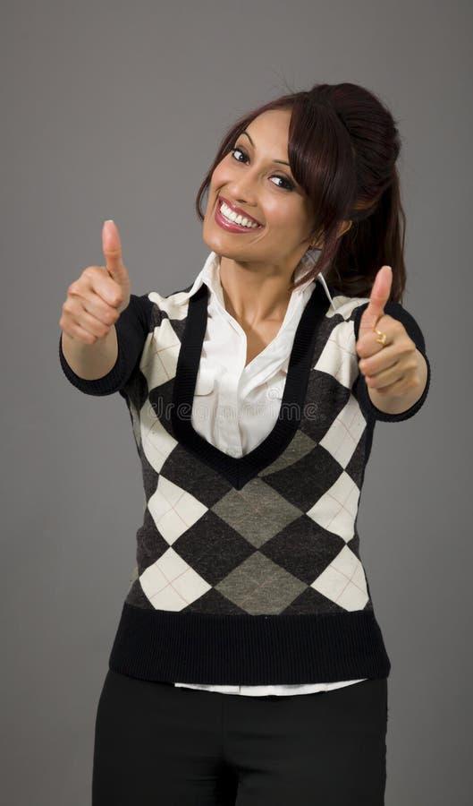 Download Indiański Bizneswoman Pokazuje Aprobaty Od Oba Ręk Odizolowywać Na Barwionym Tle Obraz Stock - Obraz złożonej z dorosły, widok: 41950809