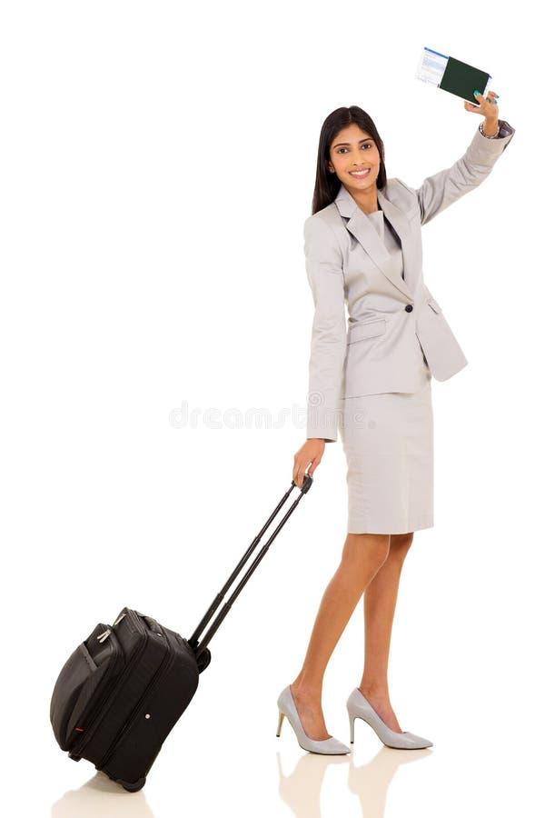 Indiański bizneswomanu falowanie do widzenia zdjęcie stock