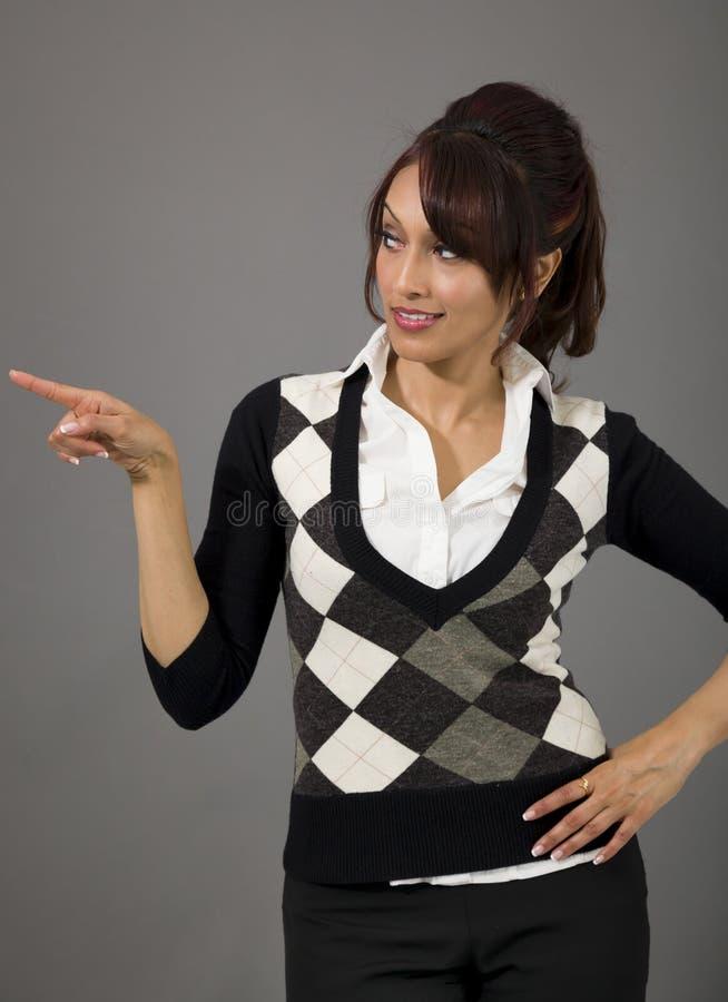 Download Indiański Bizneswomanu Wskazywać Z Ukosa Obraz Stock - Obraz złożonej z subkontynent, przewodnictwo: 41950743