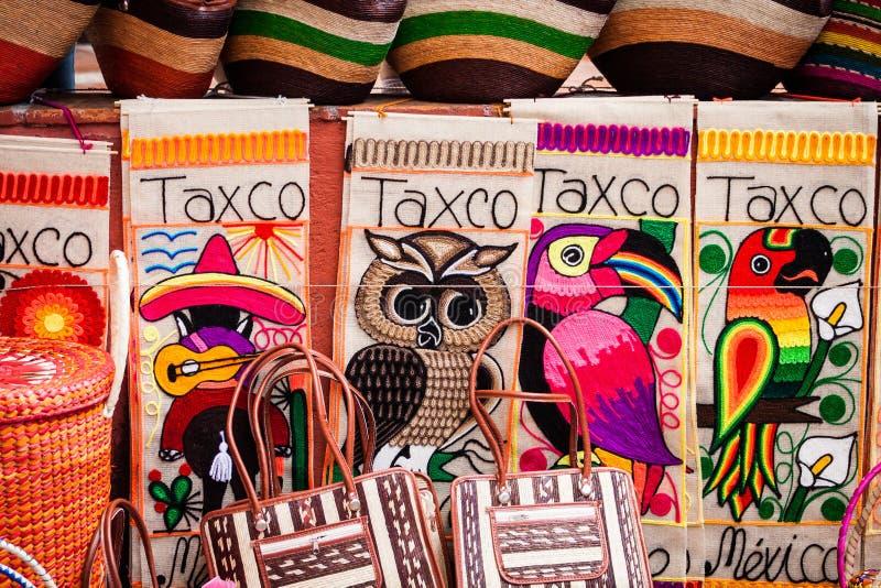 Indiański dywanik i powszechny kolorowy pokaz w handlarskiej poczta łacinie A obraz stock