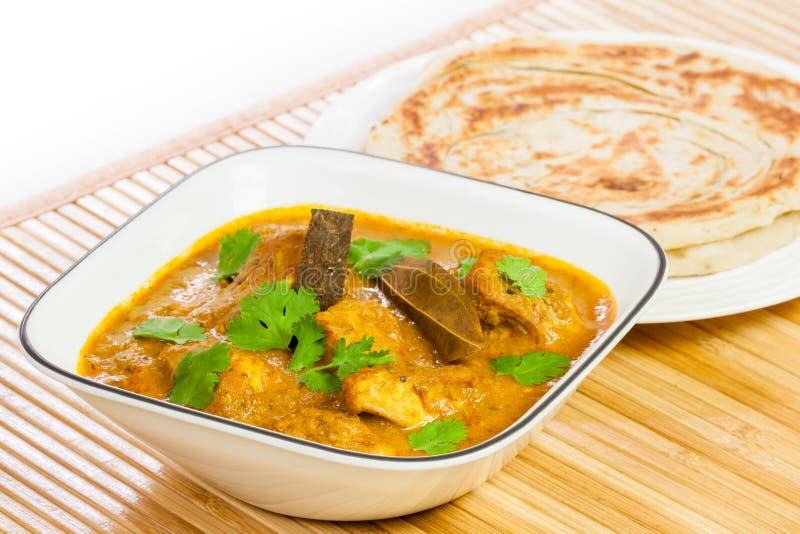 Indiański kurczaka curry z Parotta obrazy stock