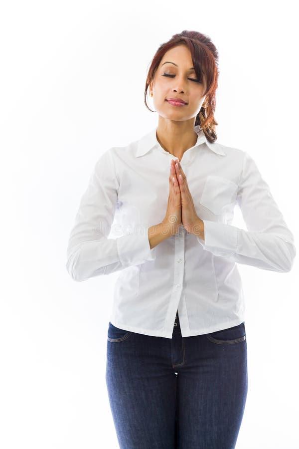 Download Indiański Młodej Kobiety Modlenie Obraz Stock - Obraz złożonej z azjata, 1: 41951317