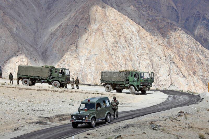 Indiański wojsko konwój ciężarówki zdjęcia royalty free