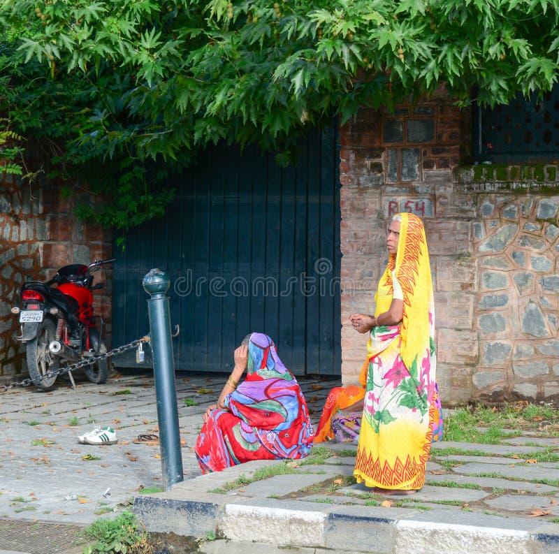 Indiańskie kobiety w Srinagar, India zdjęcie stock