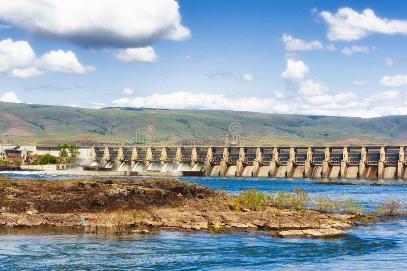Indiańskie połów platformy na Kolumbia rzece obraz stock