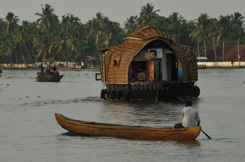 India: Binnenwatercruise, Alleppy in Kerala stock foto