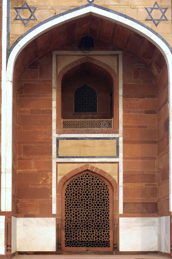 India, Delhi: Humayun tomb. 's door; this complex in mughal style date from the 16th century; is listed as a world heritage site royalty free stock photography