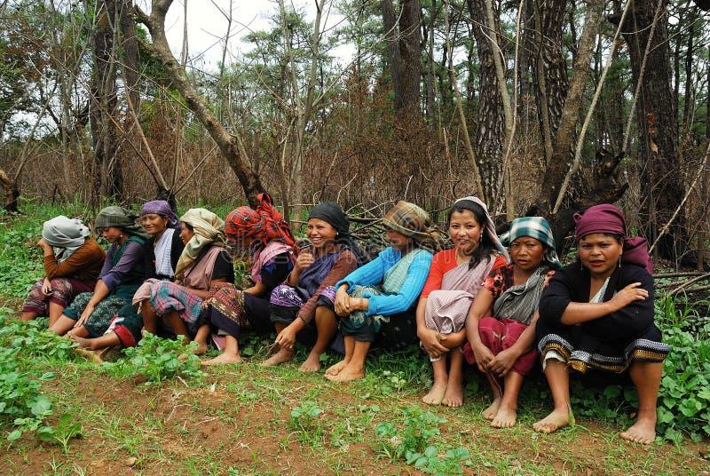 india nordostlig kvinnaarbetare arkivbild