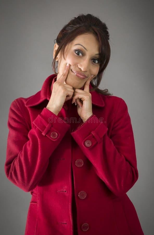 Download India?ska M?oda Kobieta Pokazuje Smiley Twarz Zdjęcie Stock - Obraz złożonej z widok, robienie: 41950592