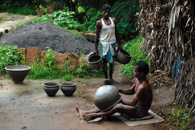Download Indian Pottery Maker editorial image. Image of rural - 26667620