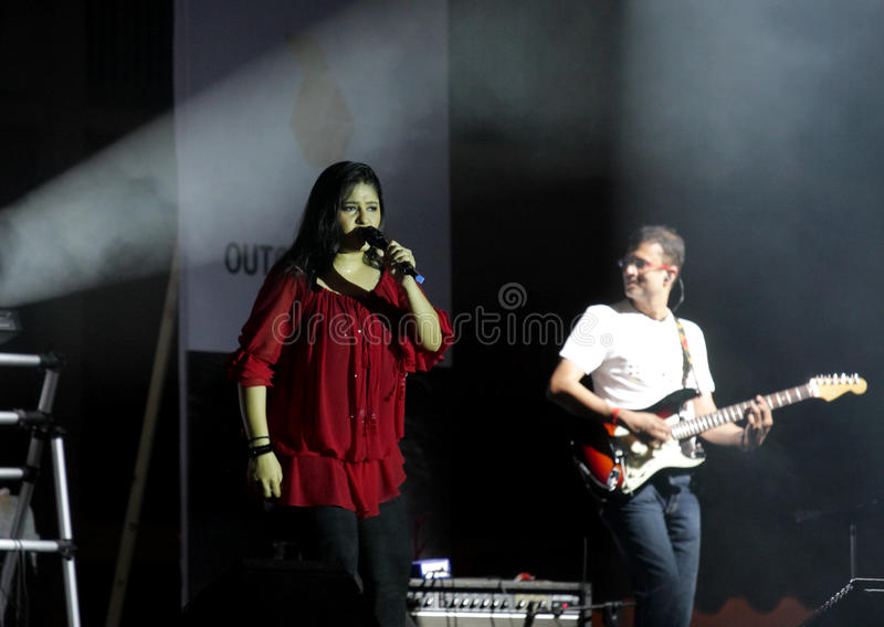 Download Indian Singer Sunidhi Chauhan Performs At Bahrain Editorial Image - Image: 27127395