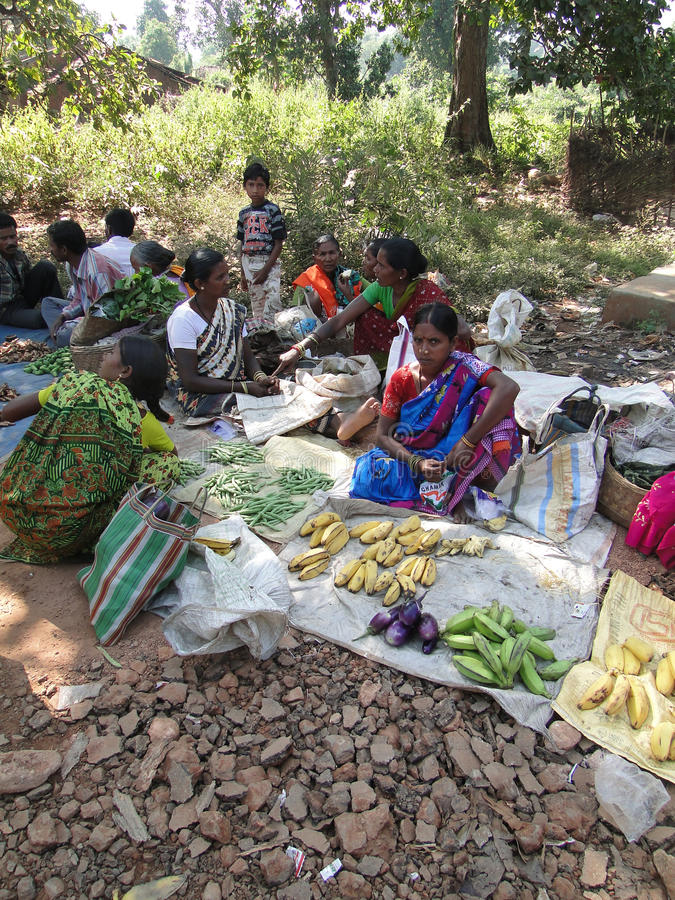 Download Indian Women Sell Vegetables Editorial Photography - Image: 20283997