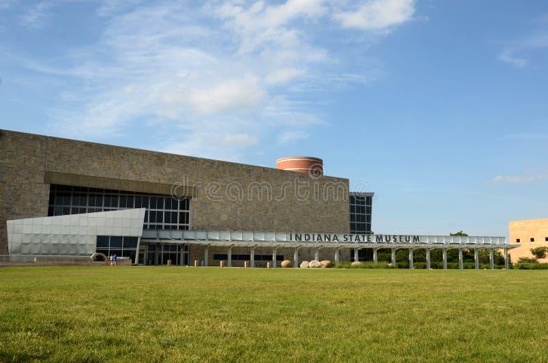 Indiana State Museum da caminhada do canal imagens de stock