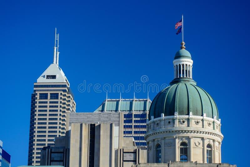 Indiana Statehouse Capitol Building Dome en Sunny Day con fotografía de archivo