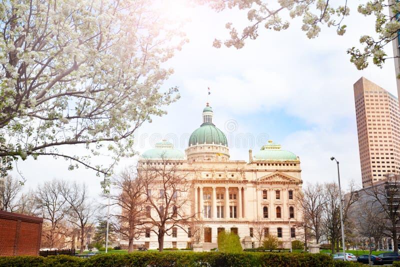 Indiana Statehouse im Frühjahr, Indianapolis, USA lizenzfreies stockfoto