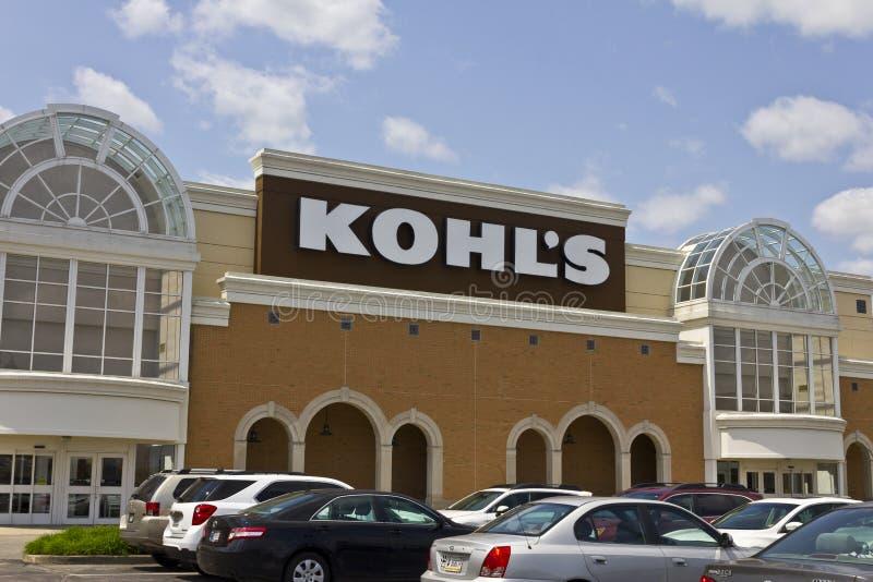 Indianapolis - cerca do maio de 2016: Lugar de loja II de Kohl imagens de stock royalty free
