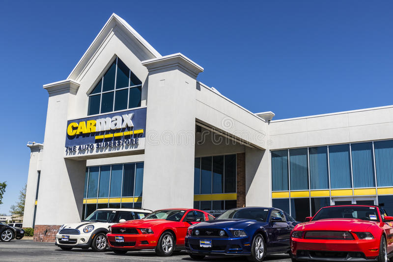 Indianapolis - Circa April 2017: CarMax Auto Dealership. CarMax is the Largest Used-Car Retailer in the US VII stock photo
