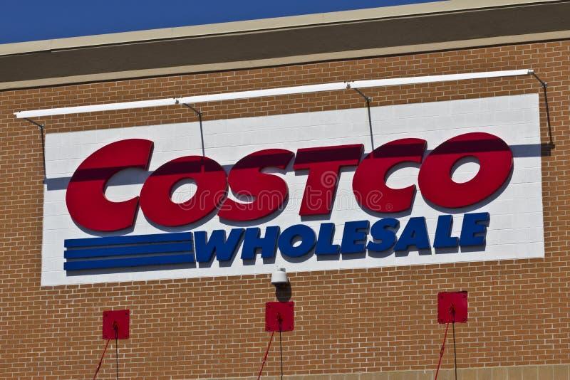Indianapolis - Circa April 2016: Costco In het groot Plaats III royalty-vrije stock afbeelding