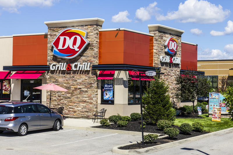 Indianapolis - Circa August 2016: Dairy Queen Retail Fast Food Location. DQ is a Subsidiary of Berkshire Hathaway III royalty free stock images