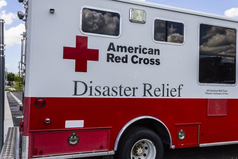 Indianapolis - Circa Augusti 2016: Amerikansk Röda korsetkatastroflättnad Skåpbil Jag arkivfoto