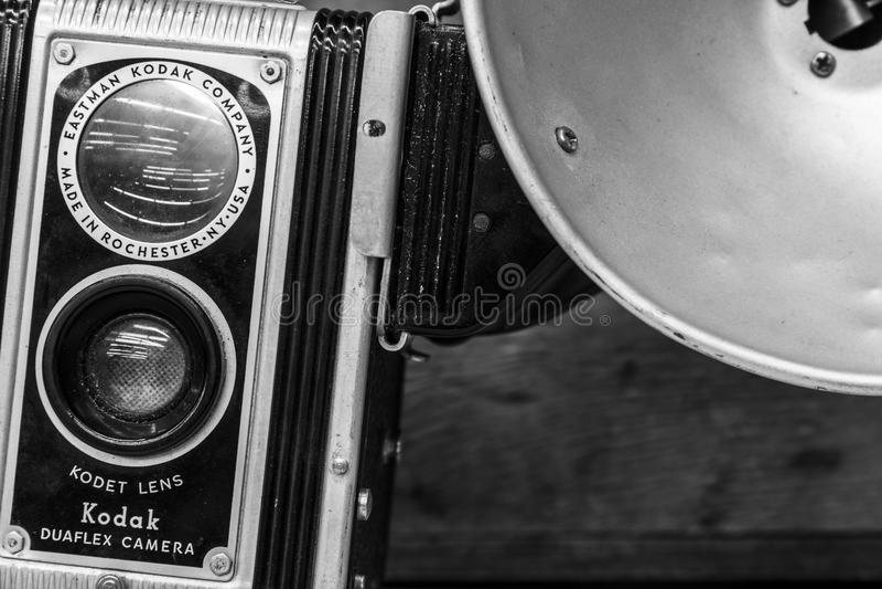 Indianapolis - Circa Februari 2017: De Camera van Kodak Duaflex met Kodet Vaste Lens Camera's van Kodak Duaflex waren populair in royalty-vrije stock foto's