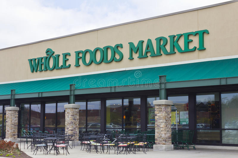 Indianapolis - circa im April 2016: Whole Foods-Markt I lizenzfreie stockfotos