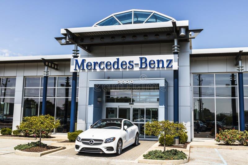 Indianapolis - circa im August 2017: Mercedes-Benz Logo Mercedes-Benz ist ein globaler Automobilhersteller V stockfoto