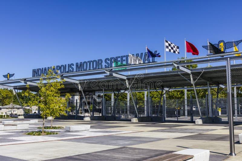 Indianapolis - circa im September 2016: Eingang VI Indianapolis Motor Speedway Flugsteig-1 lizenzfreie stockbilder