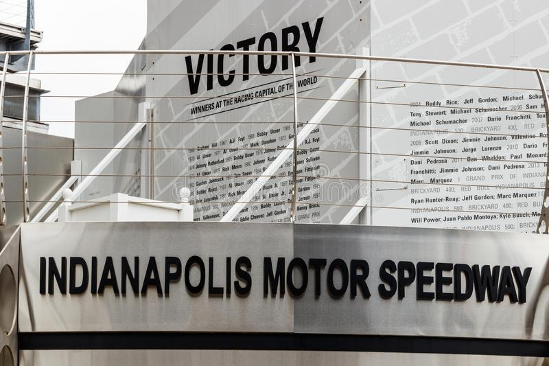Indianapolis - circa im September 2018: Victory Circle in Indianapolis Motor Speedway IMS ist zum Indy 500 Haupt stockfotografie