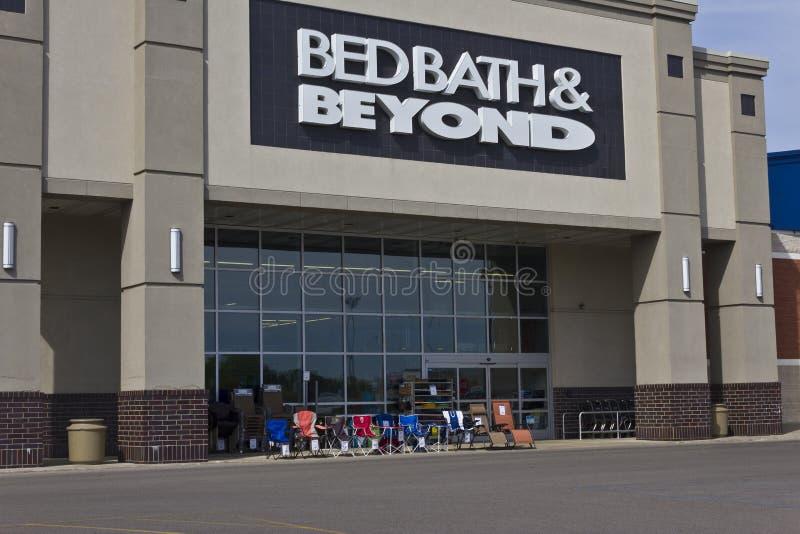 Indianapolis - Circa Juni 2016: Bed Bath & Beyond detaljhandelläge II fotografering för bildbyråer