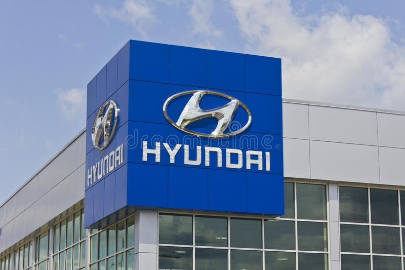 Indianapolis - Circa Maj 2016: Hyundai Motor Company återförsäljare I royaltyfri bild